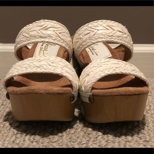 Sbicca Shoes - Sbicca White Women's Heels Size 7